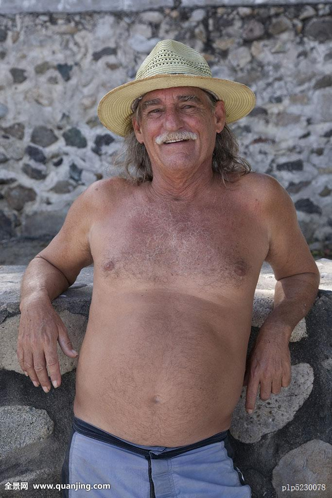 胡须,腹部,白人,老人,友好,正面,好心情,白发,高兴,帽子,头饰,长发,看图片