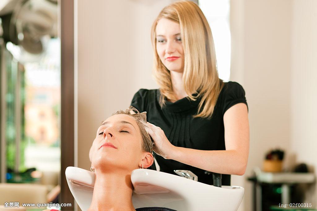 美发师,美发,工作,职业,发型,风格,造型师,护发,头发,女人,女性,人图片