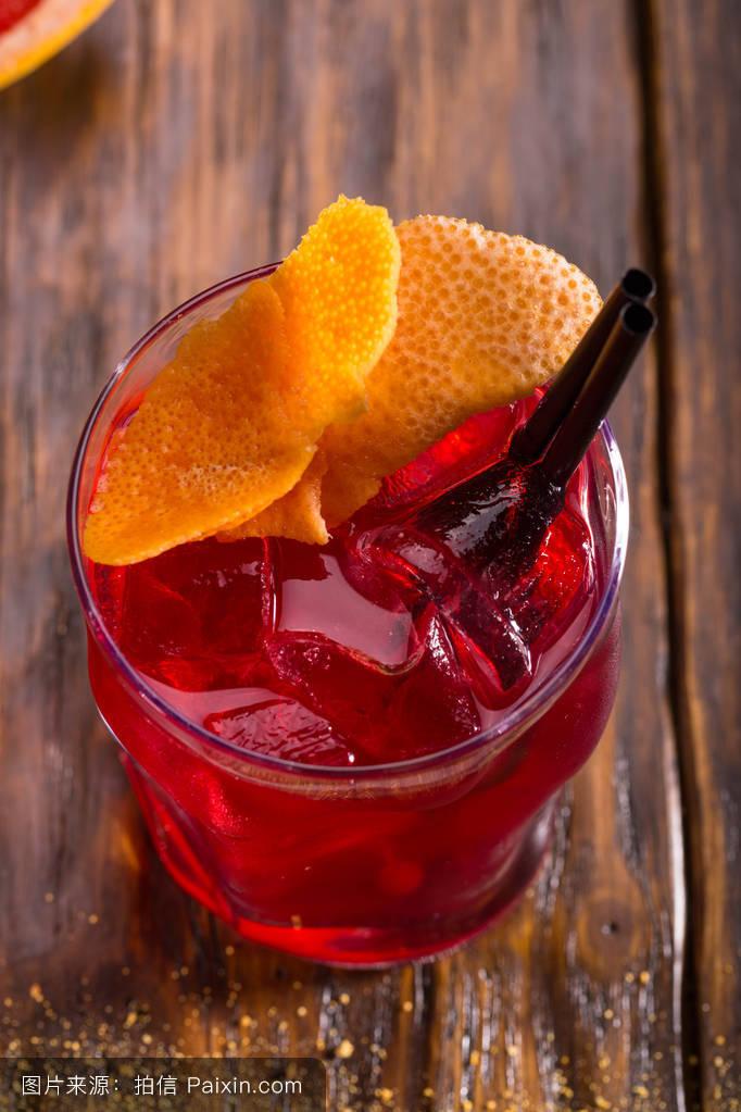 �9m�:')y����,�ke:o�yf�x�_伏特加,菜单,冰,混合,鸡尾酒,果汁饮料,玻璃,小管,葡萄柚,酒吧,