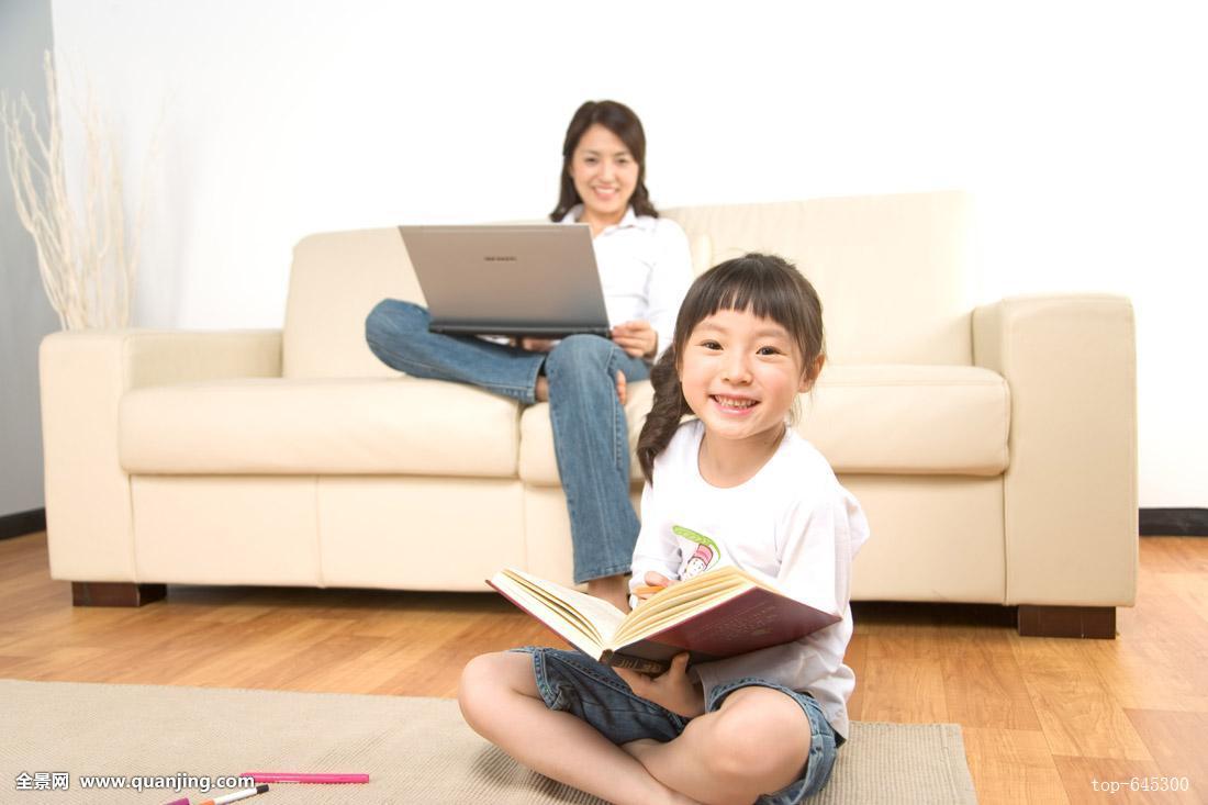 摸妈妈操妈妈�9l#�+_妈妈,女儿,韩国