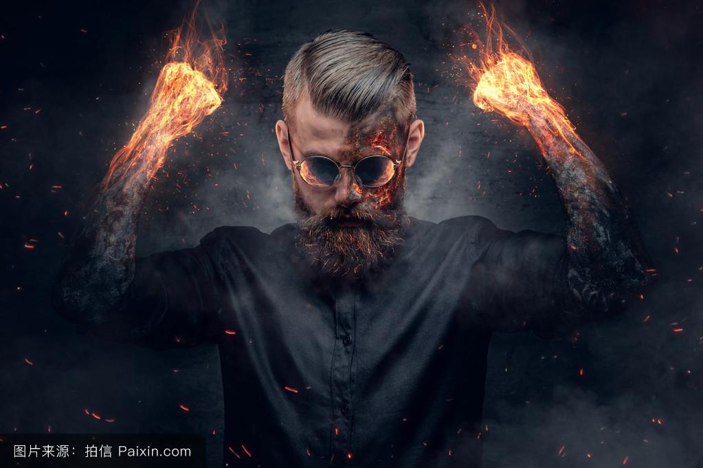 求男主角是撒旦或者恶魔之类的言情小说图片