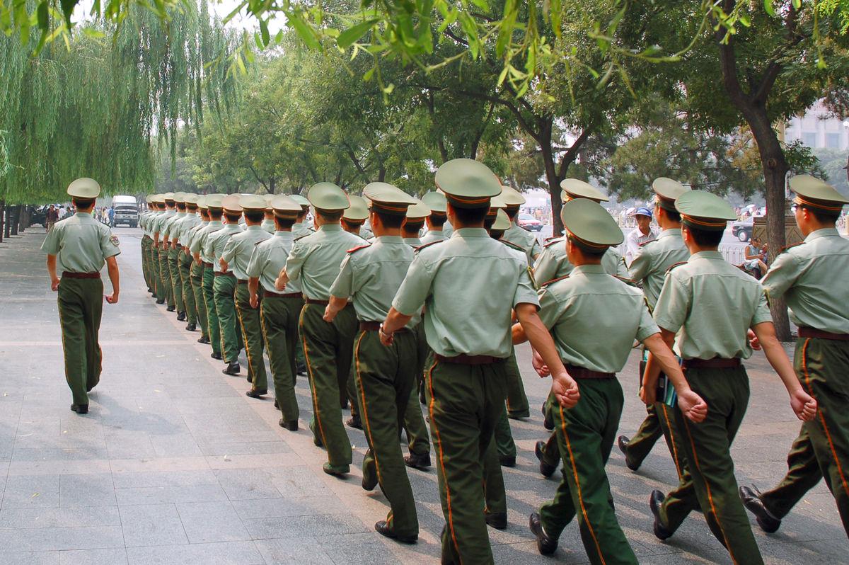 武警内卫部队的老兵每天主要训练哪些项目图片