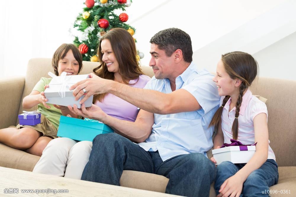 孩子,男孩,男性,白人,成年,女人,女性,成熟,男人,女孩,室内,坐,家图片