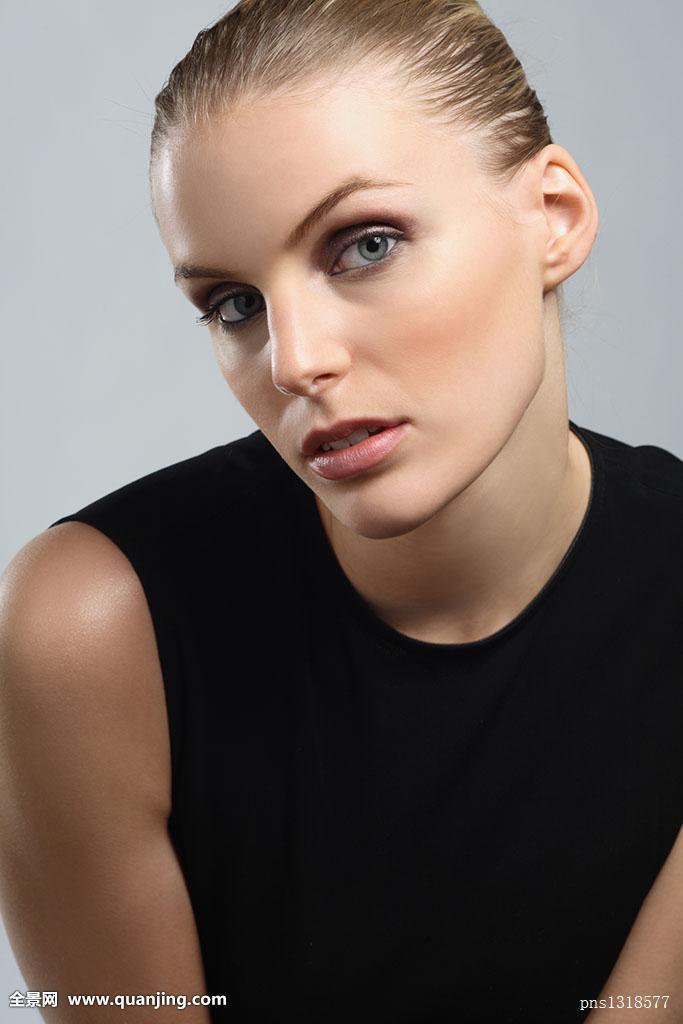 最新晚礼服发型图分享展示美女诞生的号发型女二图片