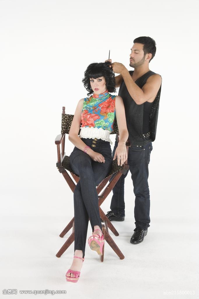 准备,等待,发型,牛仔裤,白人,耐心,女青年,前卫,美发师,剪发,发型师图片