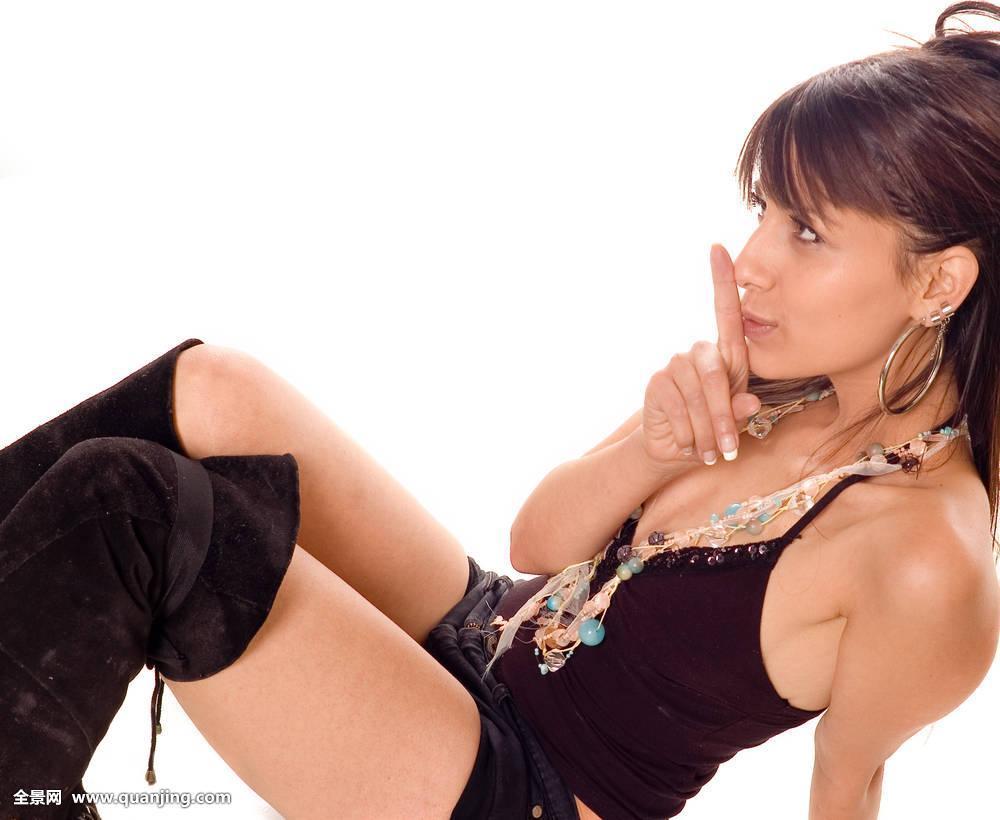 性感丝袜伦理电影_女人的乳房长节节是一种什么病