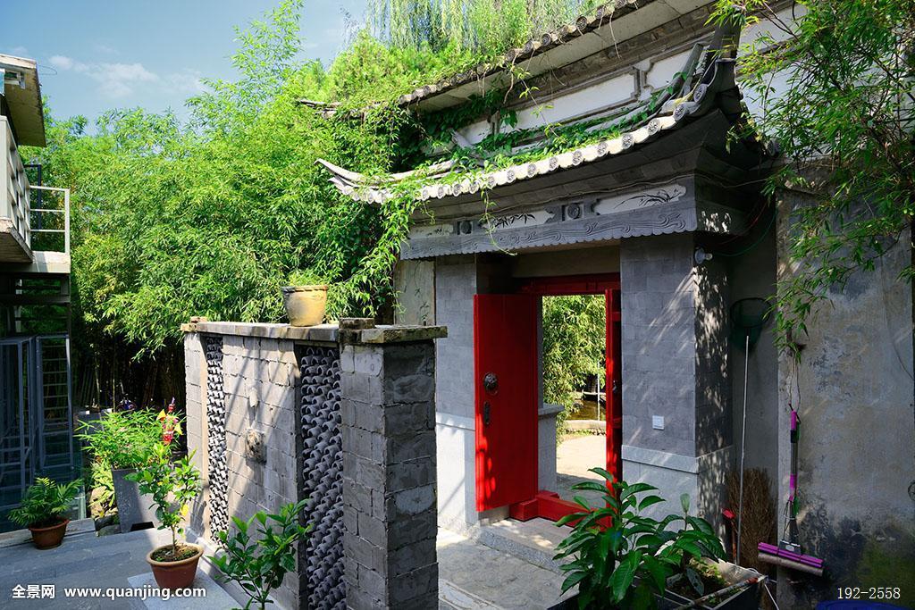 开放,庭院,院子,园林,公园,园艺,牌坊,玄关,门楼,砖墙,墙壁,墙面,屋檐图片
