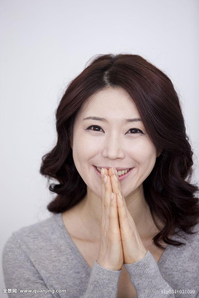 韩国中年妇女卷发分享展示图片