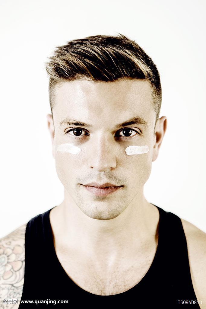 头像,中年,男人,化妆,眼睛 (683x1024)图片