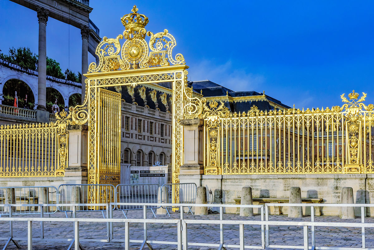 法国,巴黎,凡尔赛,欧式宫殿,世界文化遗产,世界五大宫之一,大门,围栏图片