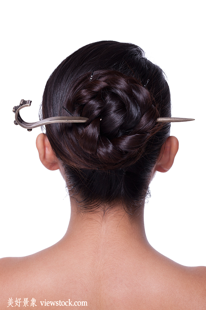 年轻女人盘发发型图片