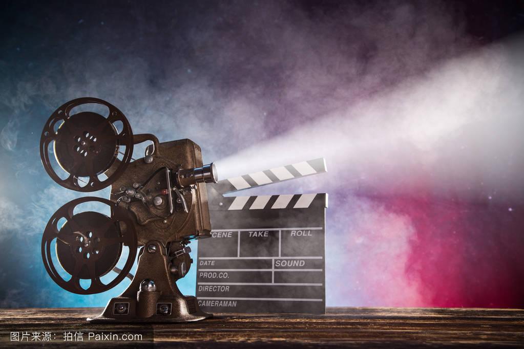 的电影_老式电影放映机,特写镜头.