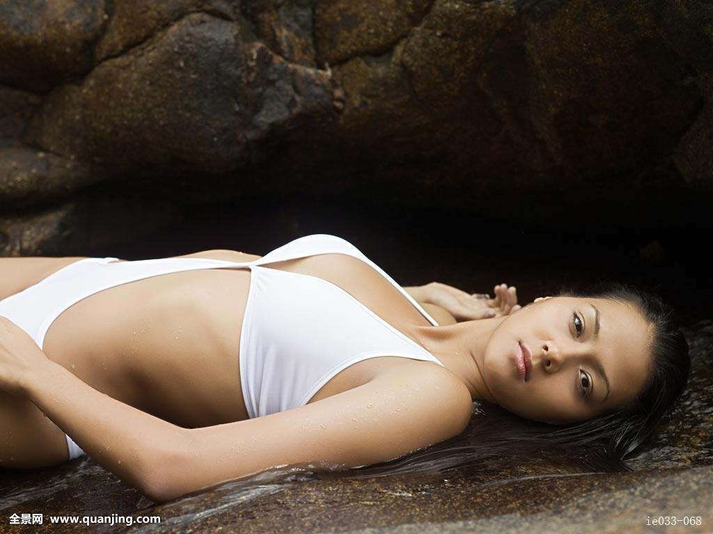 亚洲成人美女做爱图片