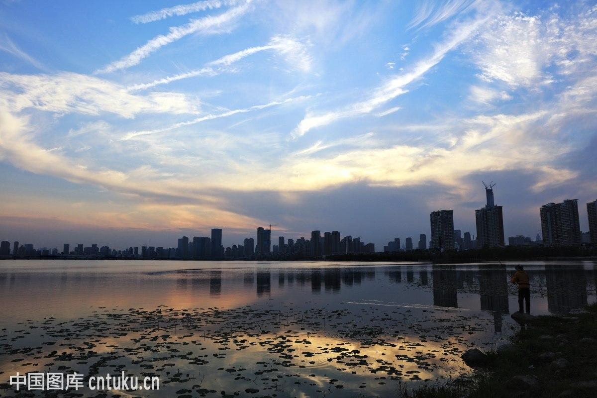 武汉老通哺,a�櫹�.�n��g,9g`_武汉沙湖风光