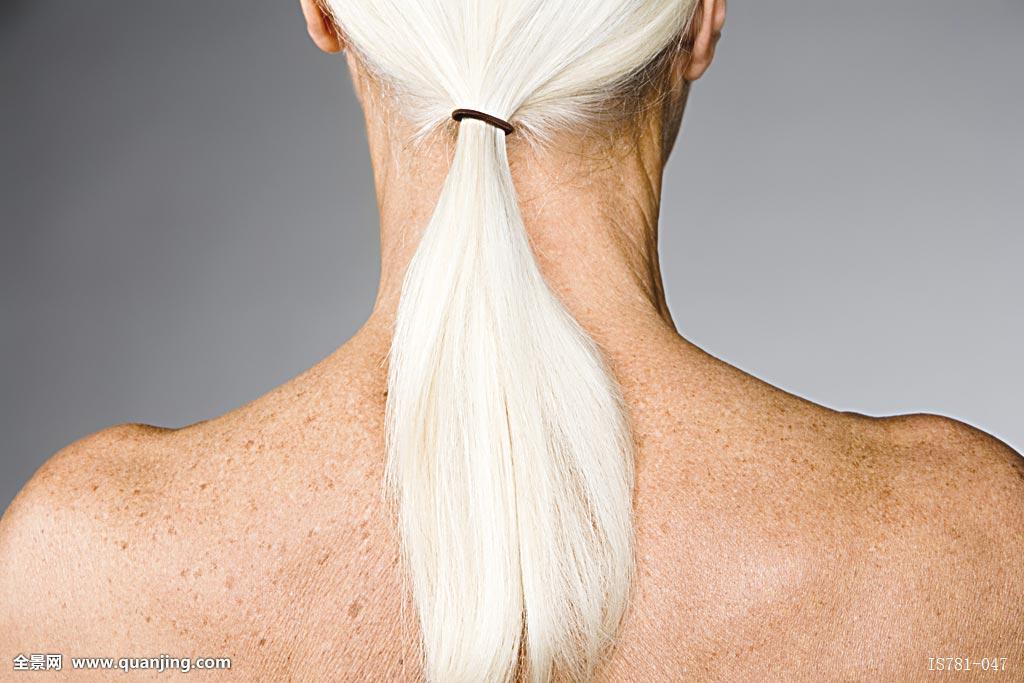 老年,女人,马尾辫图片