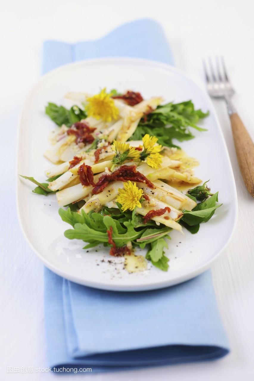 可以食用的,盘子,白色,就绪,雪白,美味,蒲公英,素菜,芦笋,做,沙拉图片