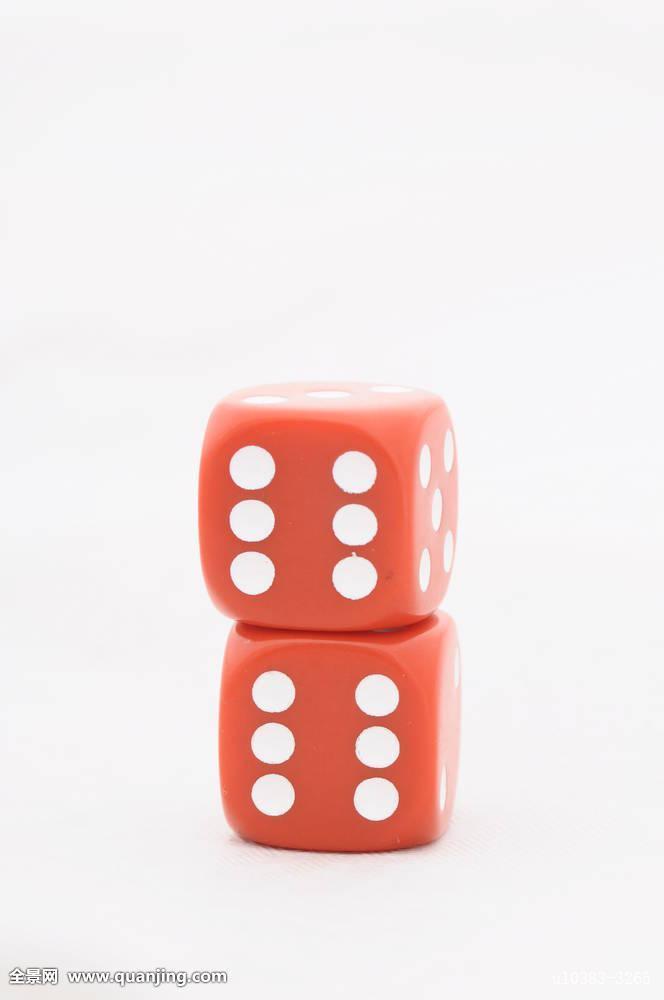 骰子五个六斋什么意思_两个,红色,骰子,一个,上面,清晰,背景