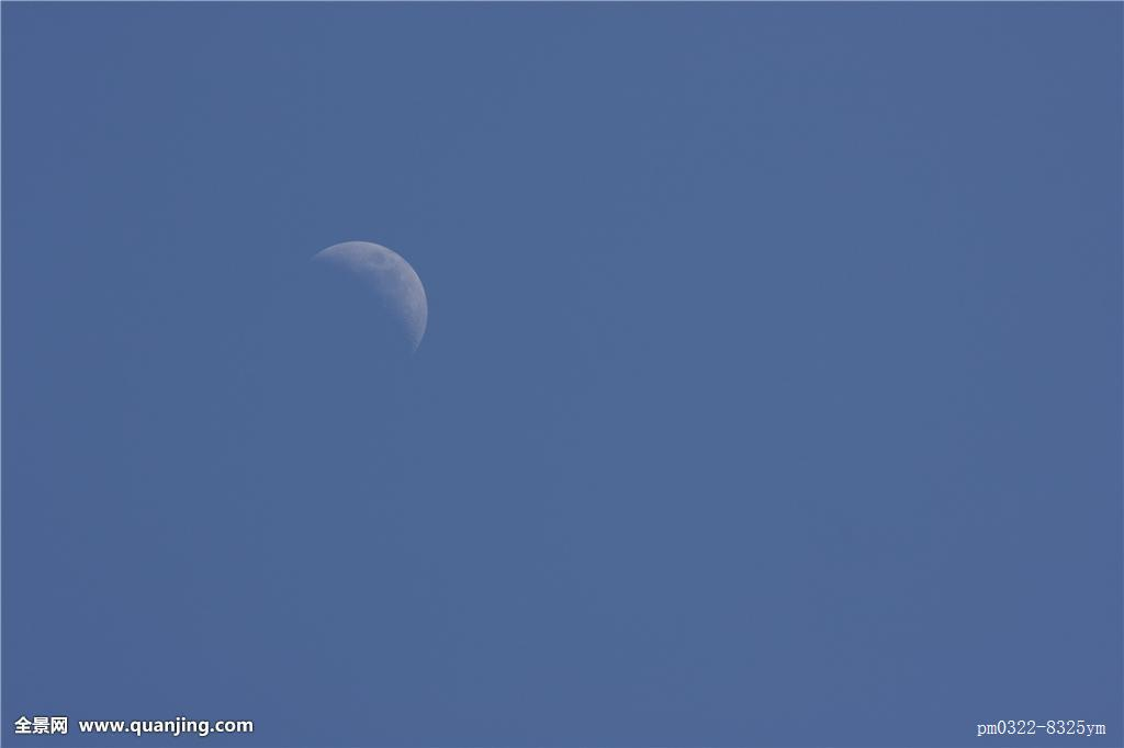 蓝色月光侦探礹.+y��_月亮,月光,镰刀,天体,宇宙,钟点,满月,蓝色,苍穹,天空