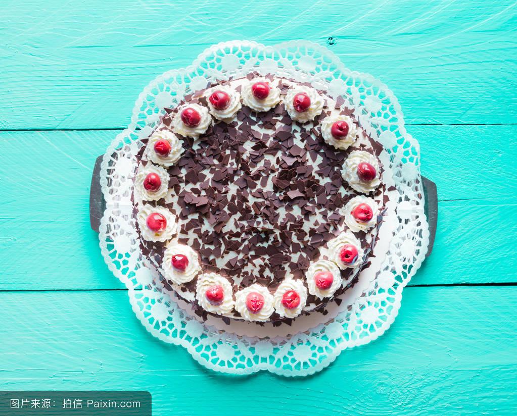 黑礹/&�b&9b�_饼干,木材,奶油,蛋糕,木制的桌子,黑森林蛋糕,绿松石,烹饪,乡下的