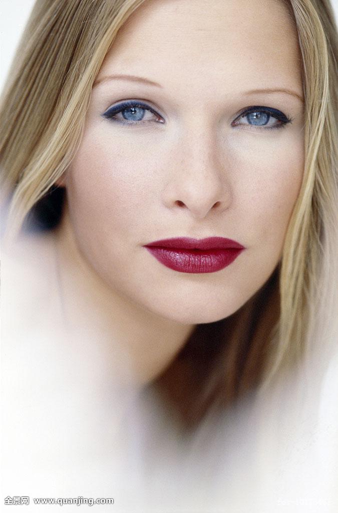 psv高边��9`�x�Ίy.X[_头像,美女,蓝色眼睛,金发女郎,带妆,深红,口红