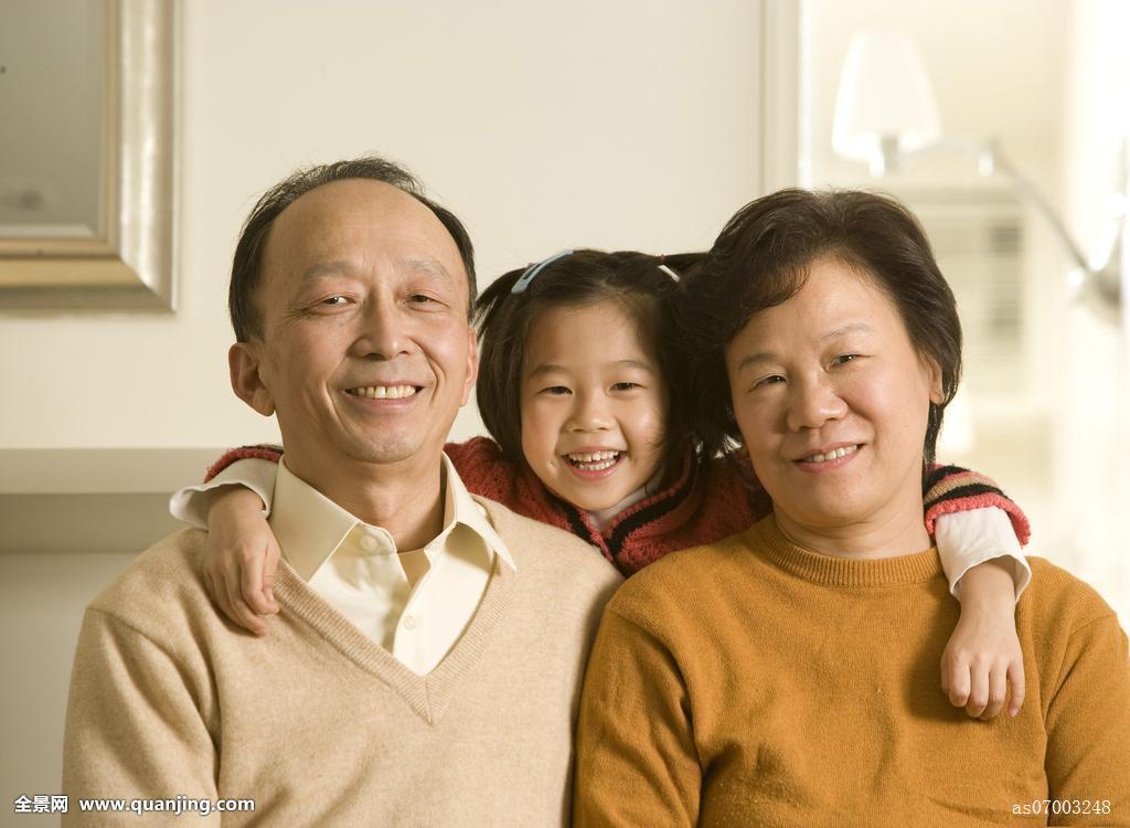 夫妻愺`/_肖像,老年,夫妻,微笑,孙女