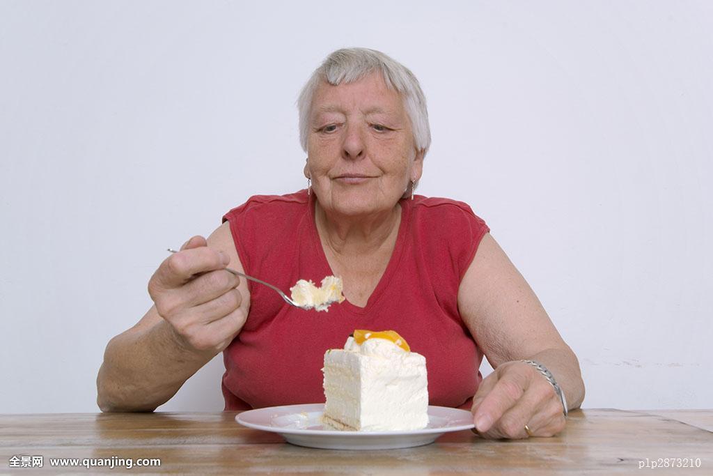 肥胖老女聊天视频_奶油,减少,重量,美味,节食,吃,饮食失调,老人,老太太,肥胖,女性,食物