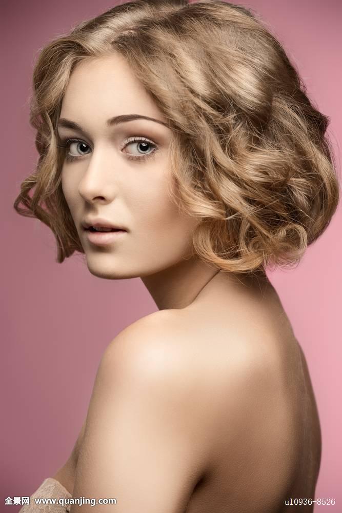 卷发,女人,短发,发型图片