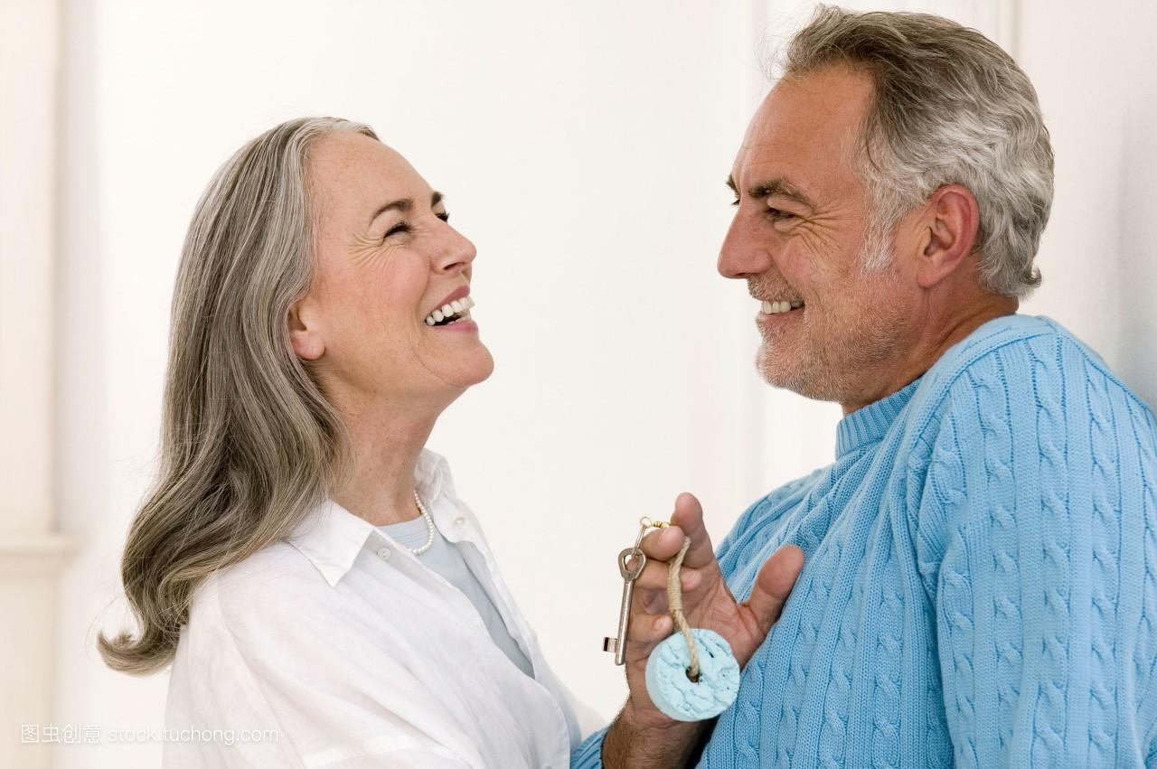 白发妇女老人发型分享展示图片