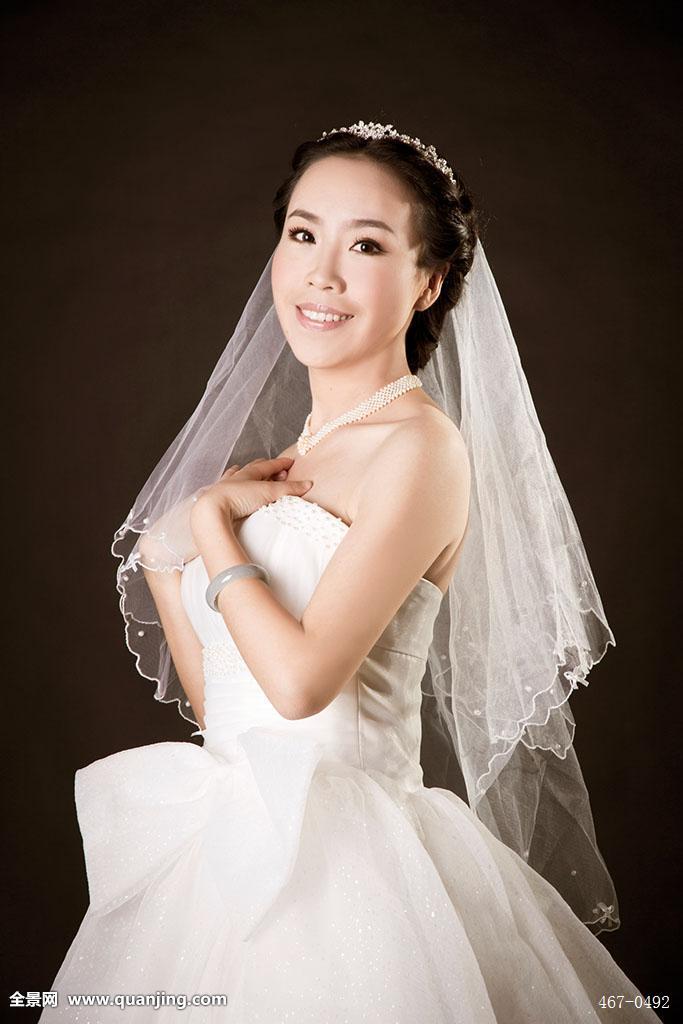 婚纱头纱图片-新娘戴头纱的发型图片-新娘发型戴头纱图片