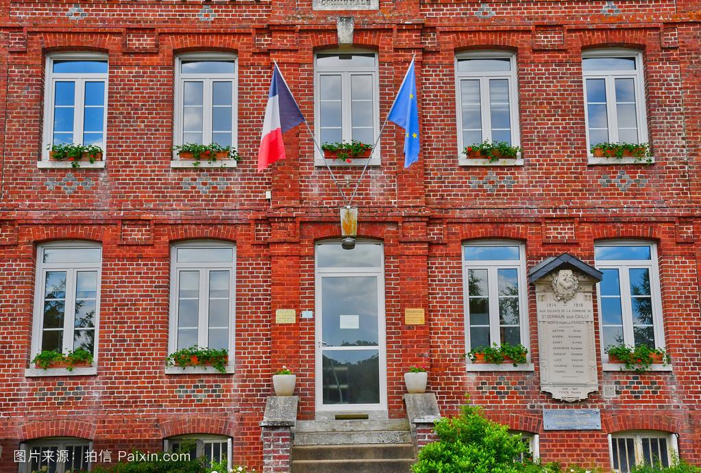 圣杰曼苏cailly,法国- 6月23日2016:市政厅图片