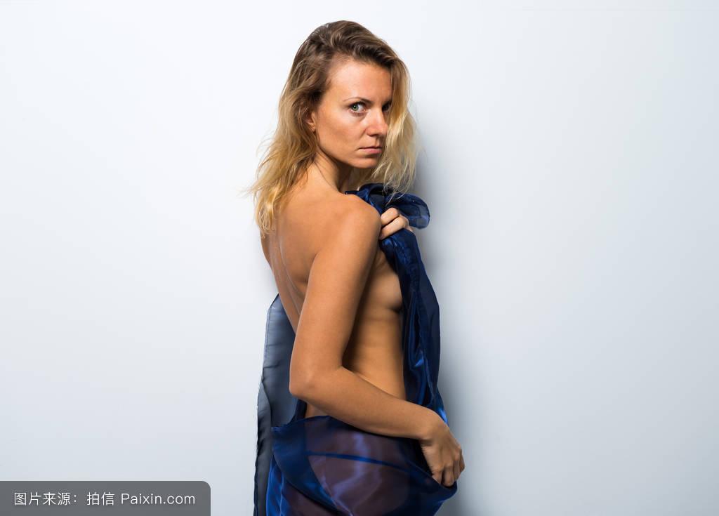 人婐体艺术照_苗条的,毛巾,身体,照片,性感,诱人的,白种人,金发女郎,图形,白色,艺术