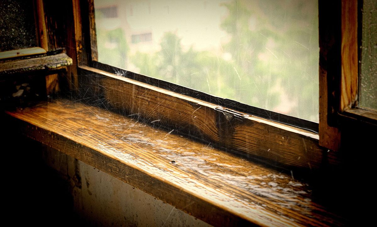 - Davanzali in legno per finestre ...