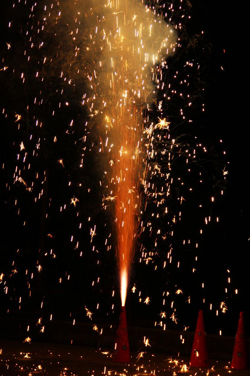 节日,庆祝,烟火,高兴,欢乐,团聚,开心,节日气氛,春节,中秋节,节日快乐图片