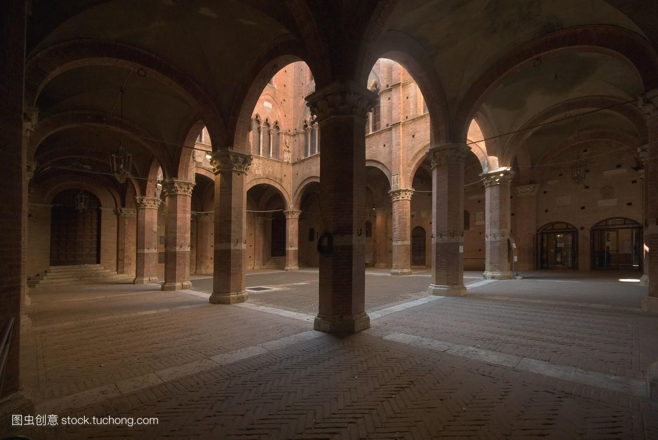 意大利,锡耶纳,修道院,和平的,宫殿,建筑,托斯卡纳区,商场,安宁,柱子图片