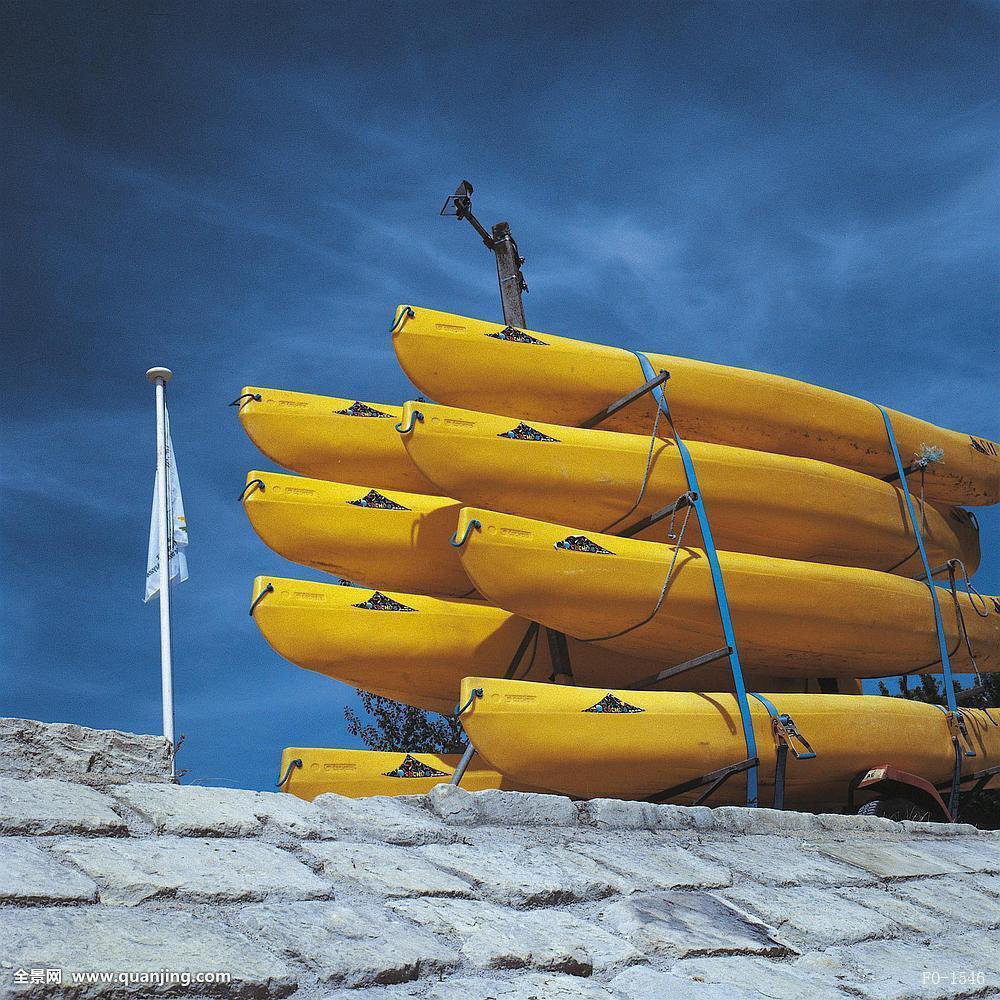 黄色囹�a���_欧洲黄色模特囹 黄色,独木舟,码头,蓝天,法国,欧洲