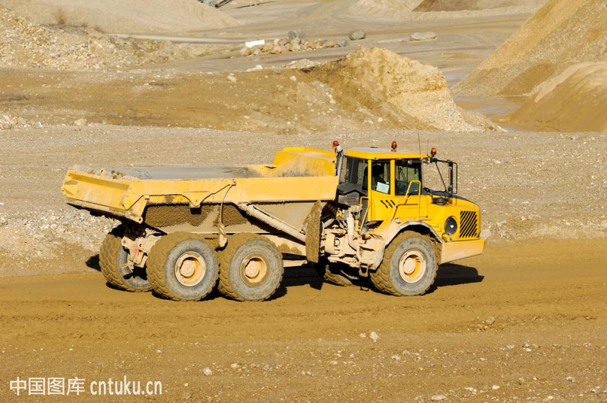 驾车,交通方式,金属,卡车,矿,垃圾,拉,陆地,轮胎,泥土,起重机,器材图片