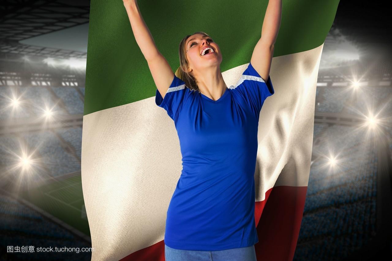 女人射粹b�9�yf_能量,英式足球,金色头发,支持者,射球,胜利者,微笑,树脂,美丽,女人