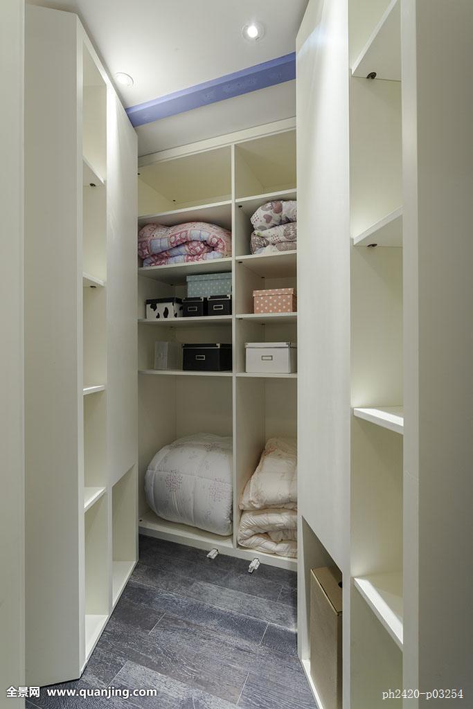 样板房--隐藏式衣柜图片