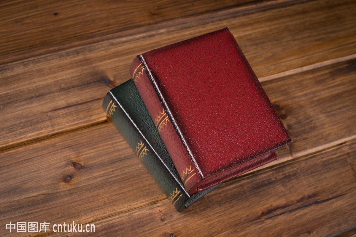 欧式古典书籍图片