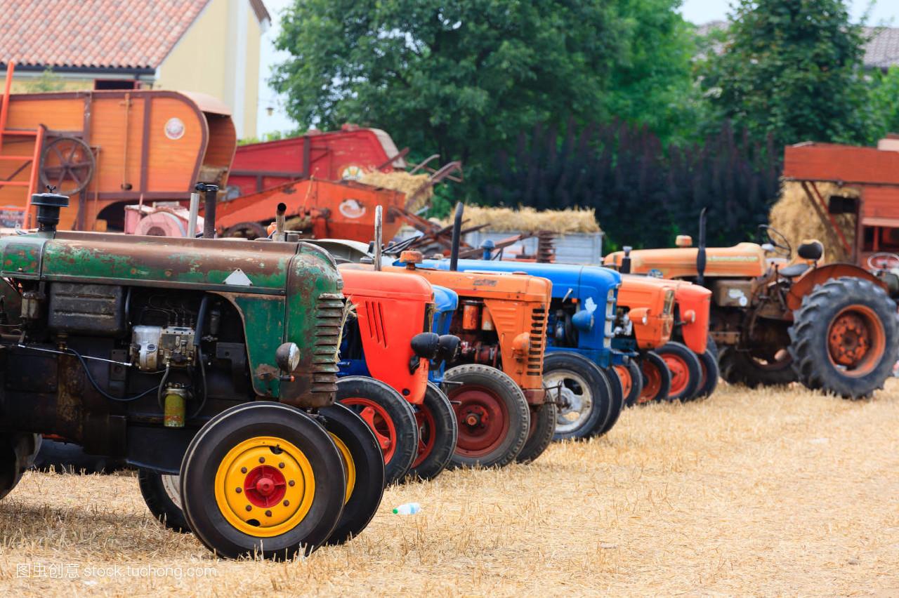 轮子,驾驶,马达,绿色,农业,农活,线条,钢铁,技工,生锈,拖拉机,柴油机图片