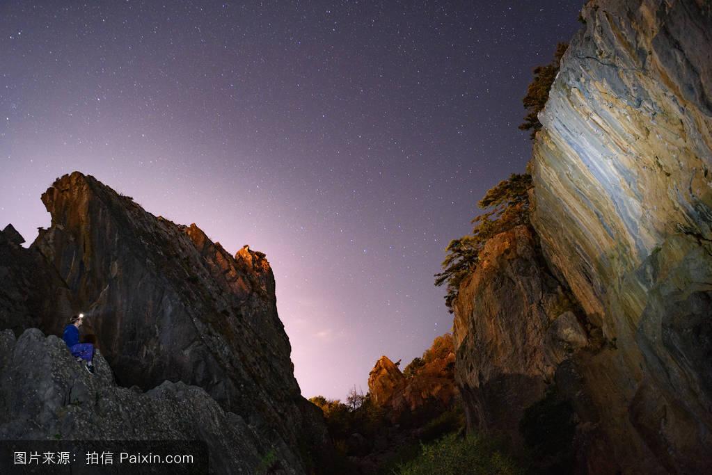 山���!�-��.�9`a�f-:##_蓝色,单独地,景观,风景摄影,明星,壮观的,攀岩,自然,暴露,宇宙,山,夜