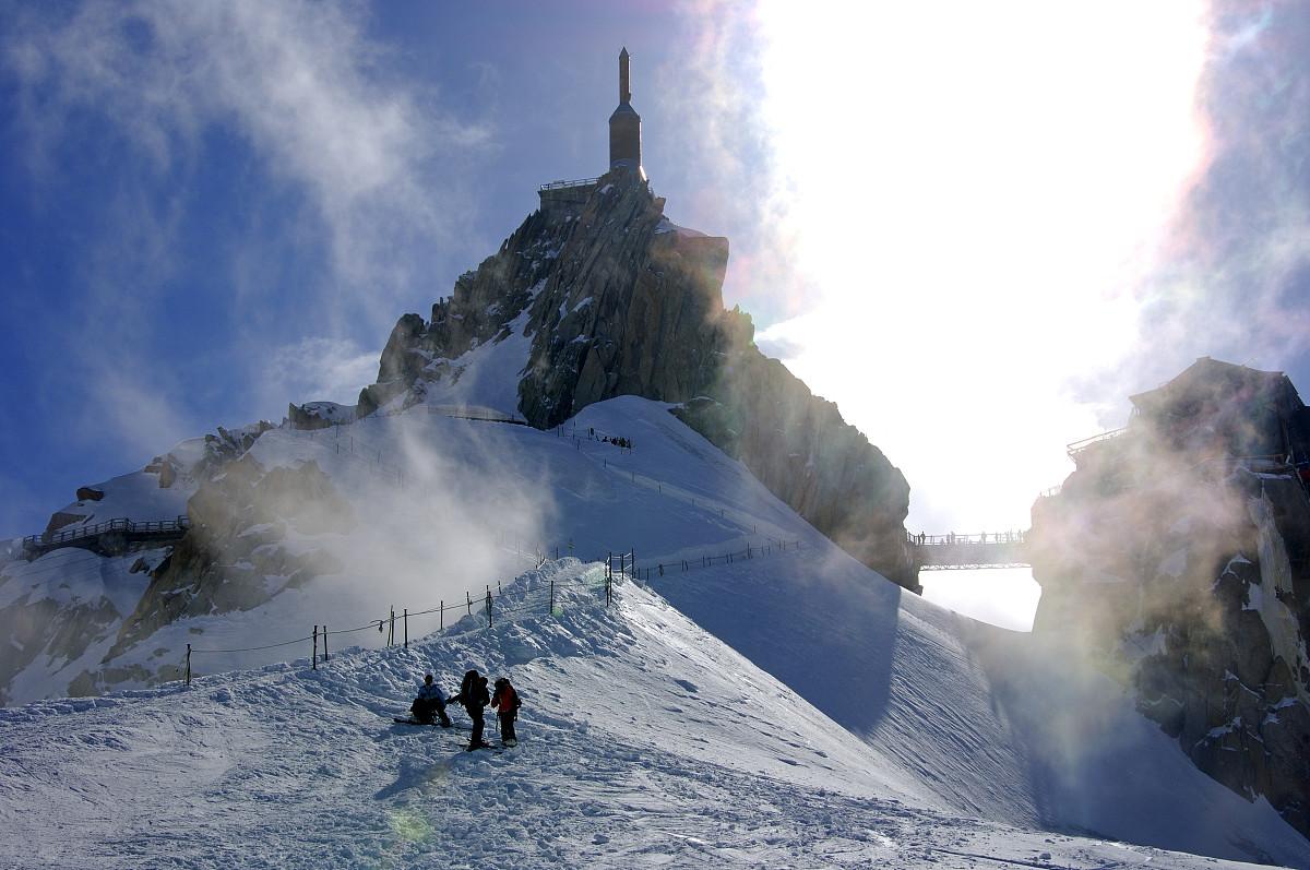冒险探险摄影山脉与摄影有关的场景爬山欧洲滑雪度假冬天图片