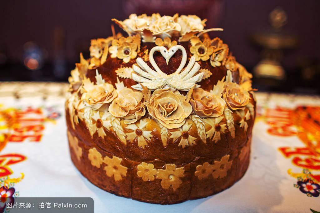 一条面包,棕色的,优雅,包子,甜的,贝克,蛋糕,仪式,斯拉夫语,设计,刺绣图片