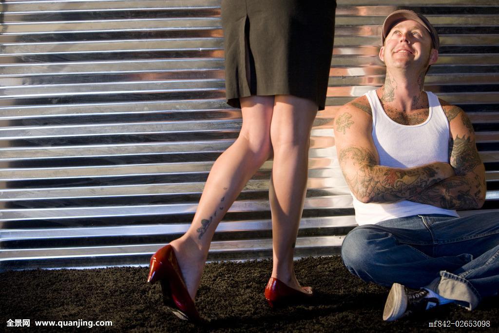 纹身后脖子图案大全女分享展示图片
