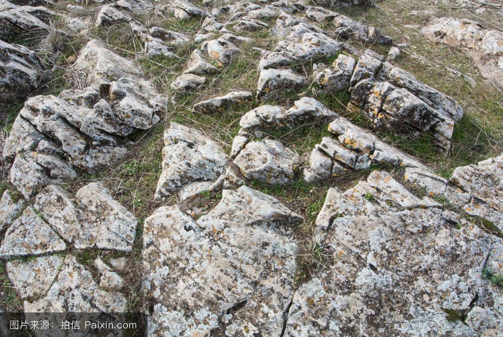 山���!�-��.�9`a�f-:##_�%94�野里大石头的