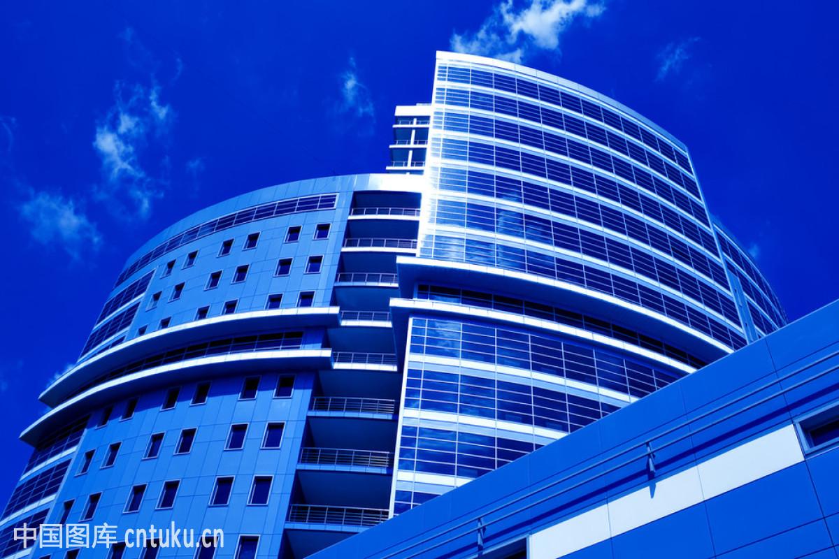 新�7��\�N�_新摩天大楼的底部景观
