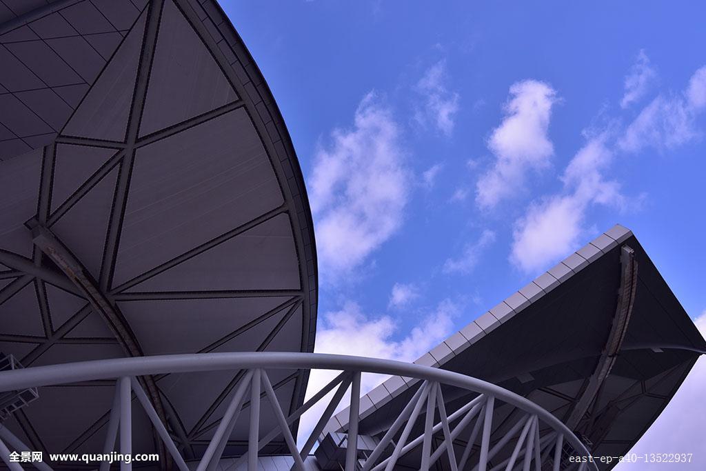 开起了���,y�9l#�%�kd_旗忠网球中心可关闭,开启的屋顶