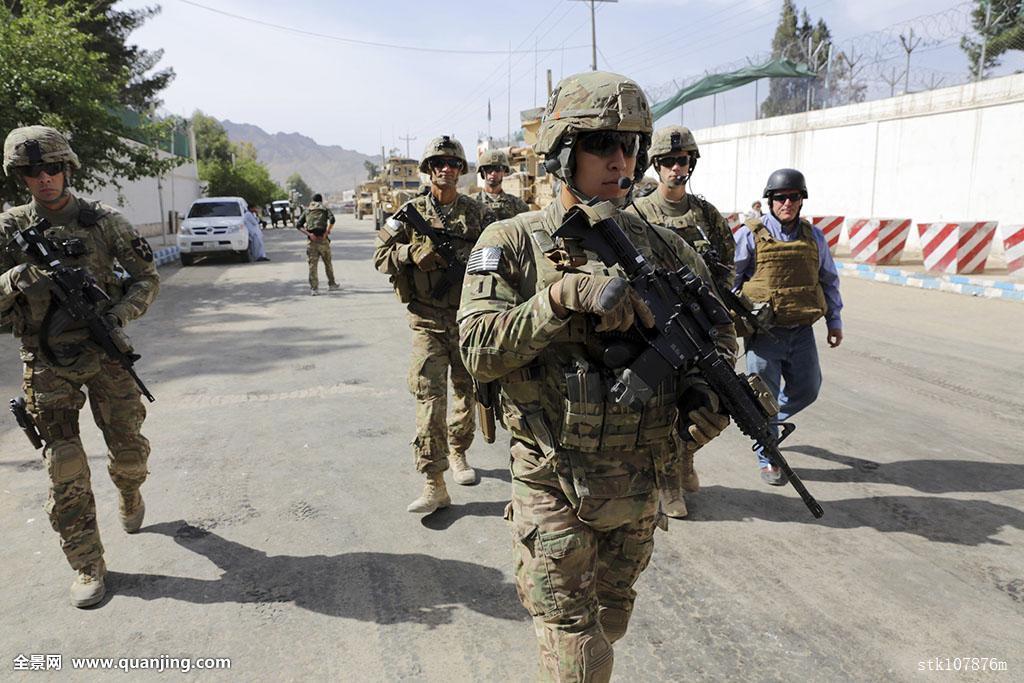 军人立定_军队,军人,提供,安全,城市,阿富汗