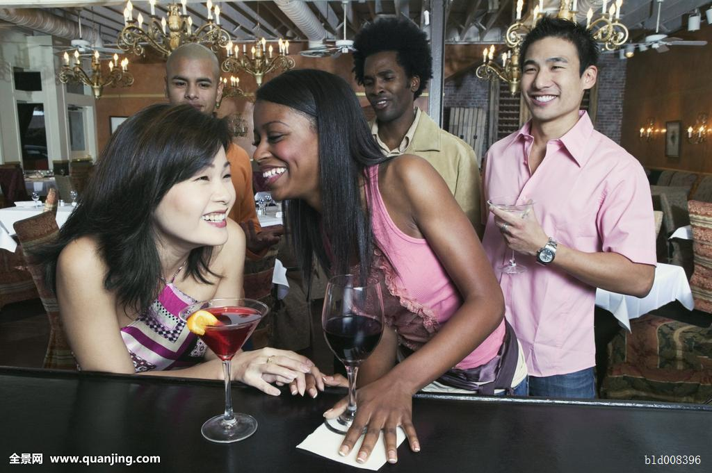 黑人操日本人女人_黑人狂干日本女