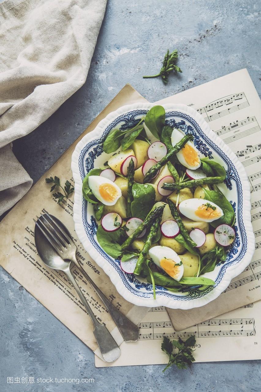 影棚拍摄,菠菜,蔬菜,蔬菜色拉,素菜,沙拉,顶视图,芦笋,上面,美食,盘子图片